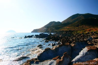 IMG 0685-filicudi-costa-sud-by-roz-900px